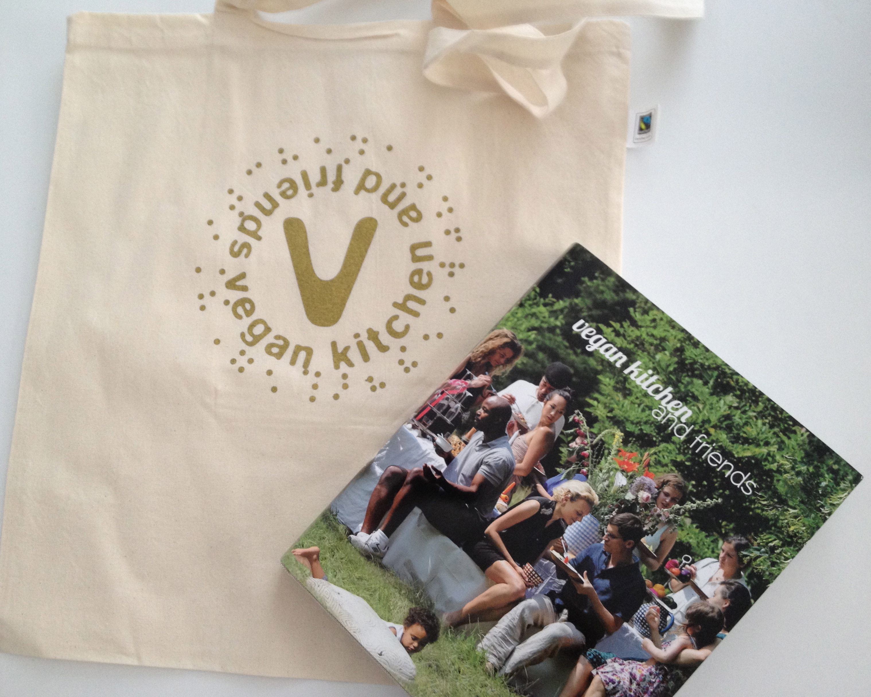 Limited Edition of 43 vegankitchen&friends cookbooks, all signed by the 43 chefs. come with a handmade golden logo printed on a organic- cotton sac
