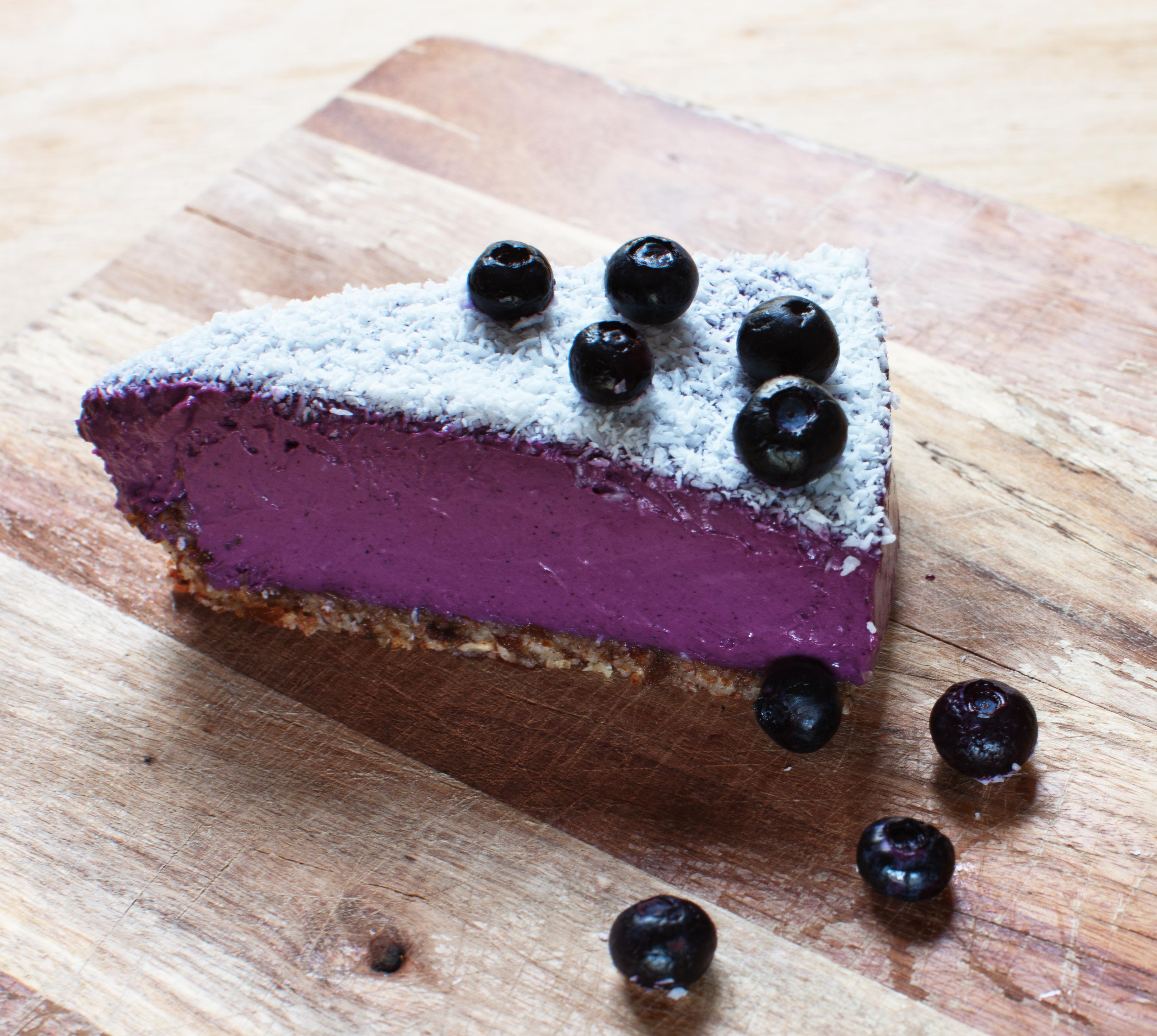 rafeal_blueberrycake